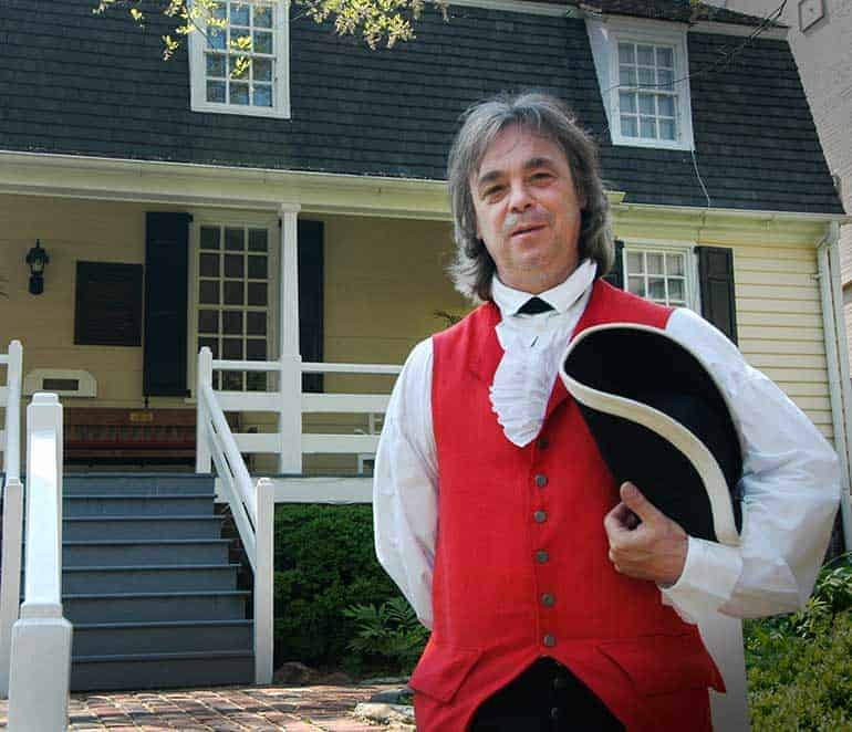 Tour Guide in Historic Alexandria, Virginia